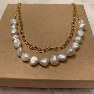 Anthropologie freshwater pearl and gold necklace